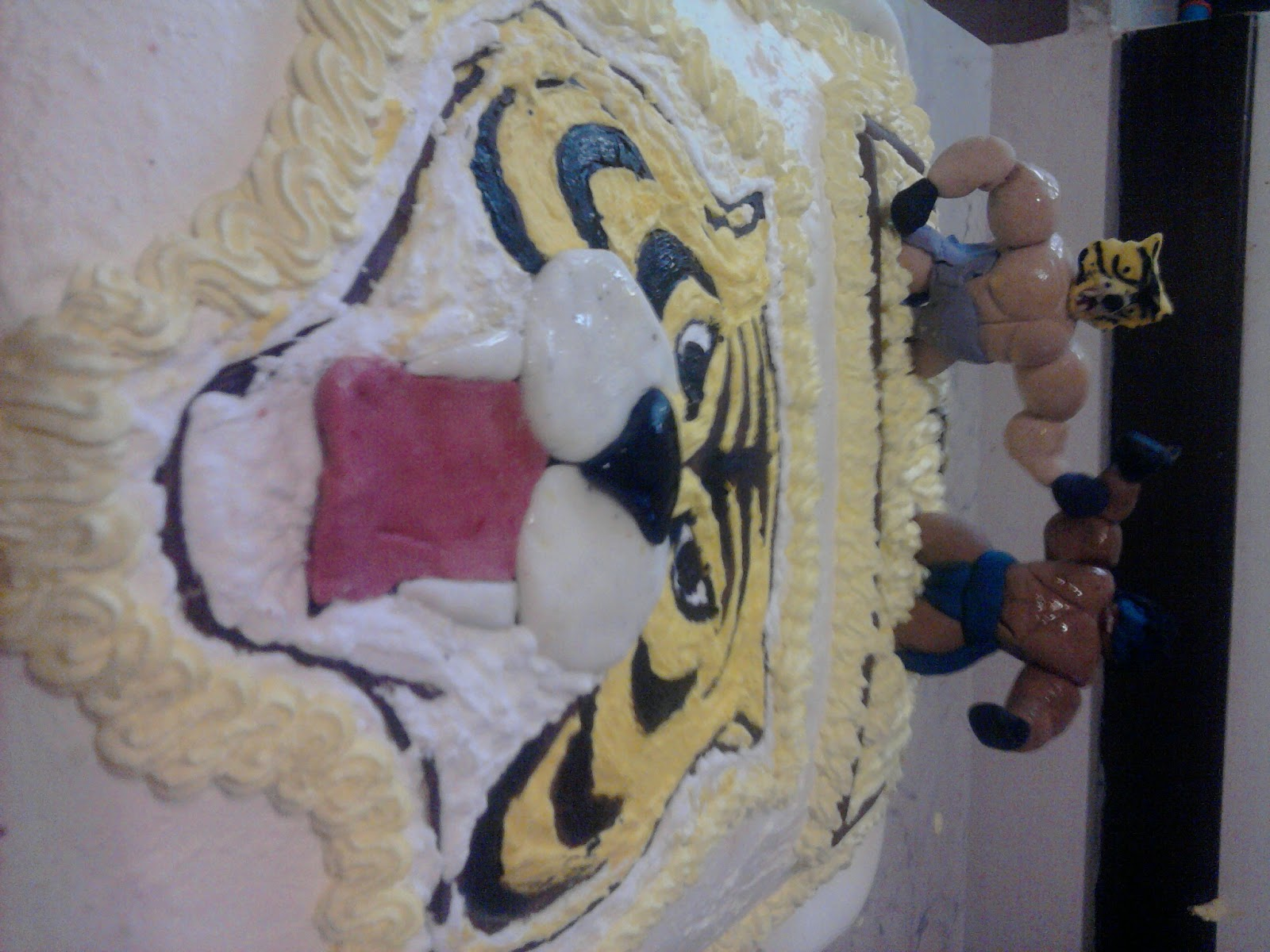 My sweet house torta uomo tigre