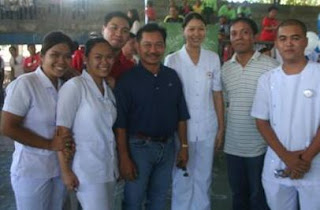 With Vice-Governor Emmanuel Pinol of Cotabato Province and some colleagues from the Philippine National Red Cross