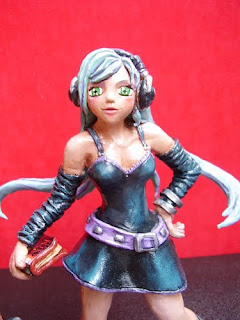 Orme Magiche manga girl action figure