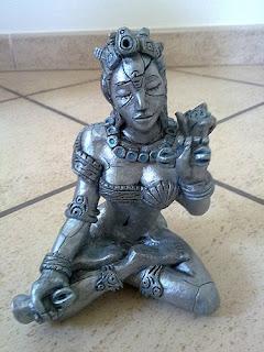 orme magiche sculture scultura buddha femminile creta fatte a mano artigianato italiano
