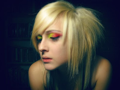 hairstyles with streaks. Emo Girl Hairstyles 2009