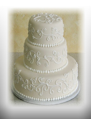 nadines wedding cakes rolled fondant gives a particularly smooth look. Black Bedroom Furniture Sets. Home Design Ideas
