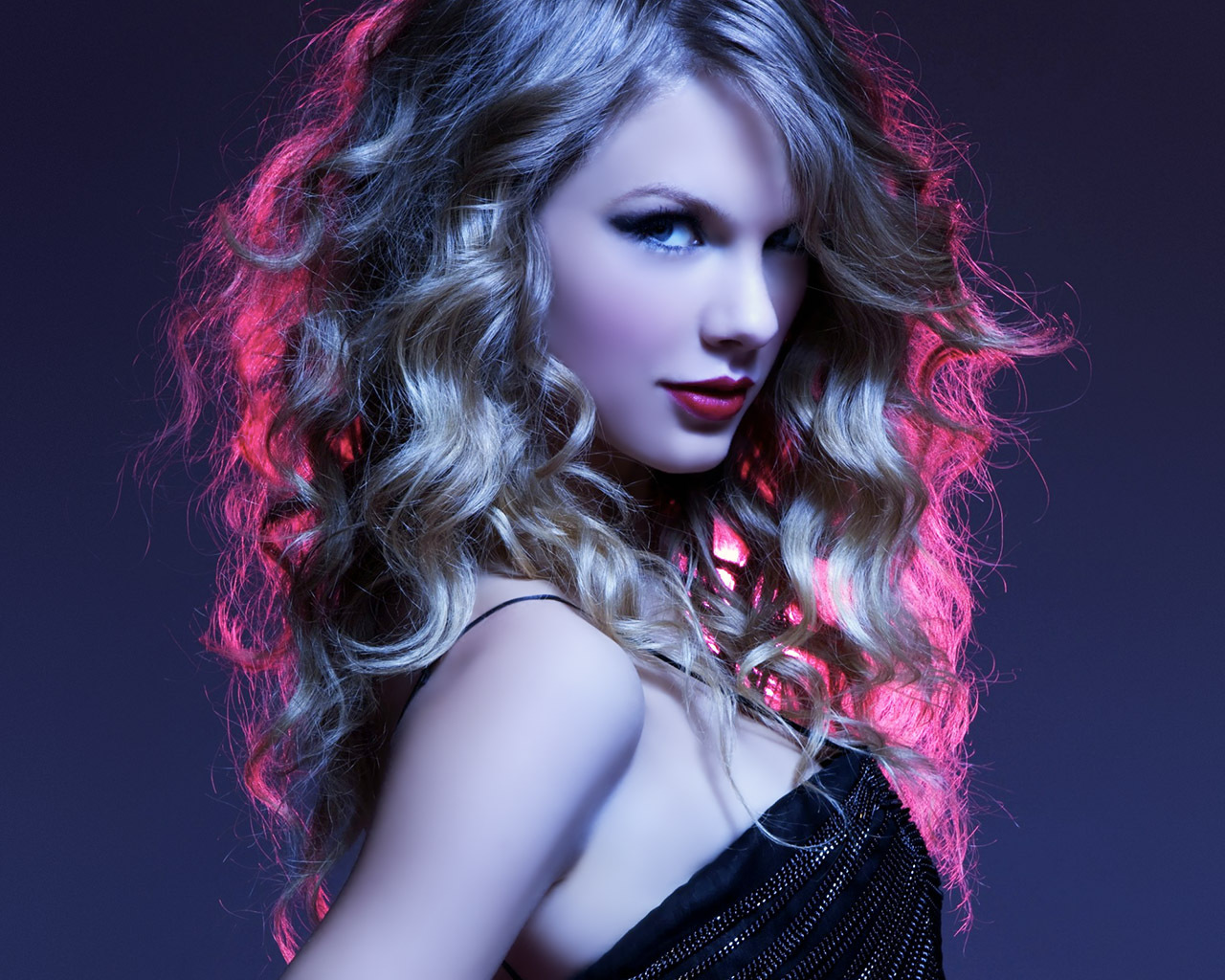 http://3.bp.blogspot.com/_KZSI3evYX40/TUuqffUASTI/AAAAAAAAACQ/kp0EAnx5vrQ/s1600/Taylor-Swift-Wallpaper-taylor-swift-18456079-1280-1024.jpg