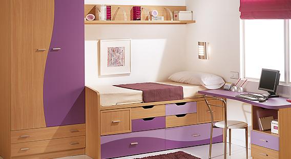 Dormitorio juvenil en madera y tonos morados