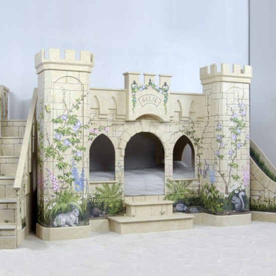 HABITACIONES DE PRINCESAS CON CASTILLOS Sleeping Beauty Castle Bed For