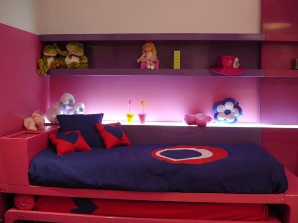 Dormitorio para hermanas en fucsia y morado dormitorios for Cuartos de ninas fucsia
