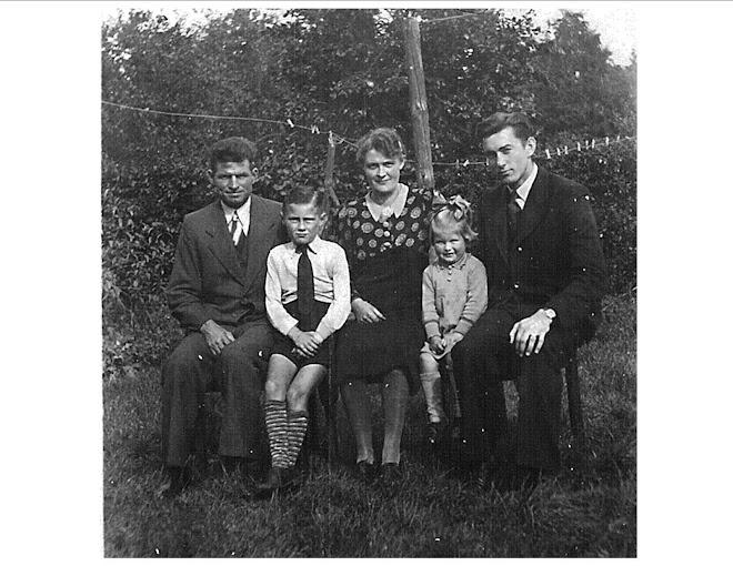 Adrian, Koos, Annie, Henny & Ted.