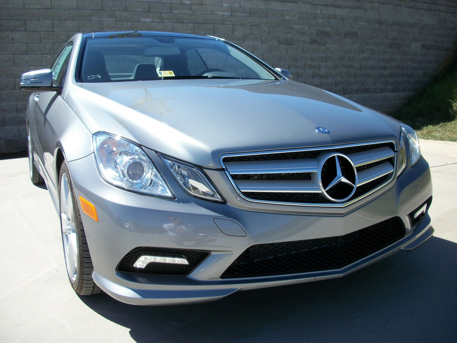 2011 mercedes benz e550 coupe i take pictures of cars. Black Bedroom Furniture Sets. Home Design Ideas