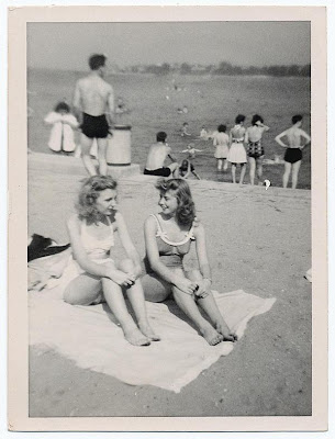 Summer at Tiffany de Marjorie Hart Tiffanyatbeach