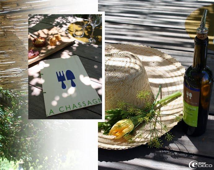 Sur une table de La Chassagnette, restaurant près d'Arles