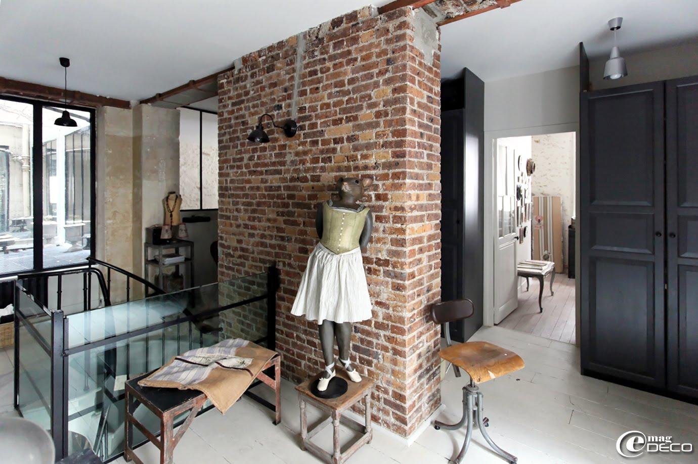 Loft de la créatrice de la marque Maison Caumont, à Paris