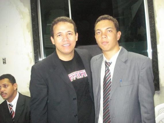 Eu com o Pastor que Pregou no Congresso