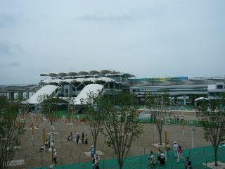 万博会場駅