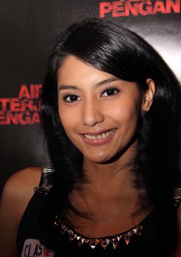 Tyas Mirasih Actress Star FTV