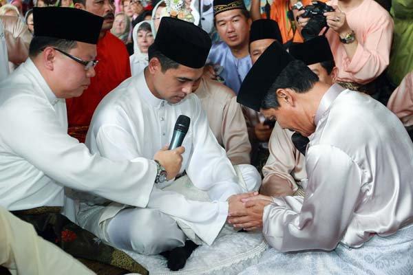 Dr sheikh muszaphar shukor wedding bands