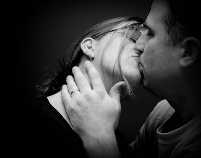 Couples In Love Black And White Wallpaper And Photos