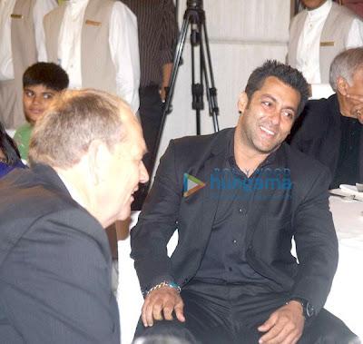 Salman Khan at Mumbai International Cyclothon image