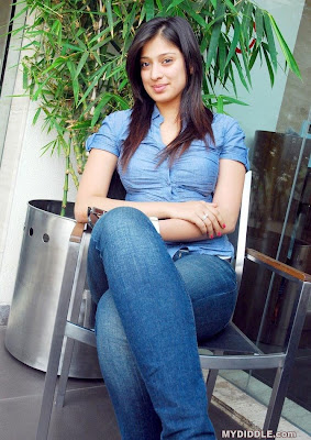 Lakshmi Rai Hot Candid Photoshoot in a Tight Shirt image
