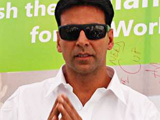 Akshay Kumar`s Ayurveda impresses Sly