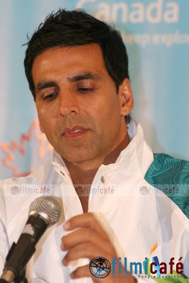 Akshay Kumar  photo