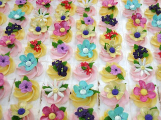 sheet cake decorated with flowers