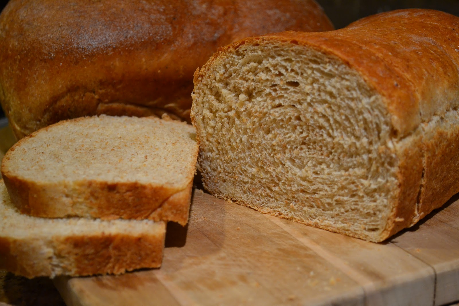 Stella B's Kitchen: Honey Wheat Bread