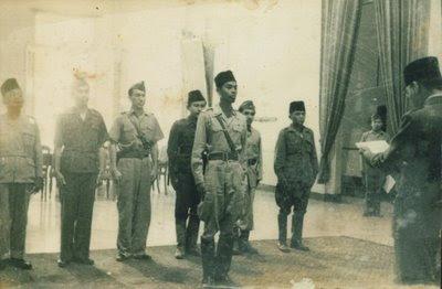 Foto-foto Bersejarah Jaman Kemerdekaan Ri (2) [ www.BlogApaAja.com ]