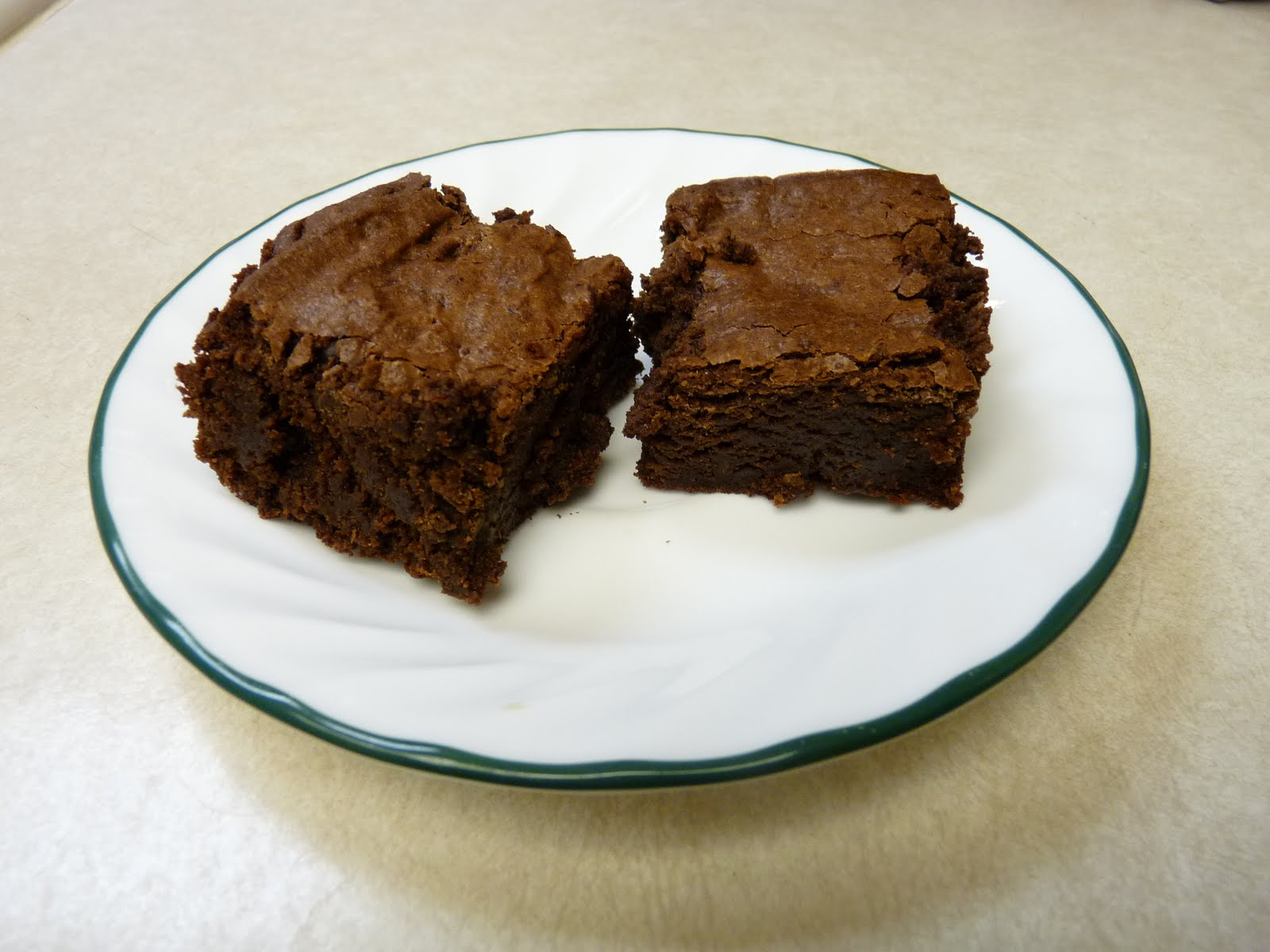 the gluten-free monkey: Gluten Free Cocoa Brownies