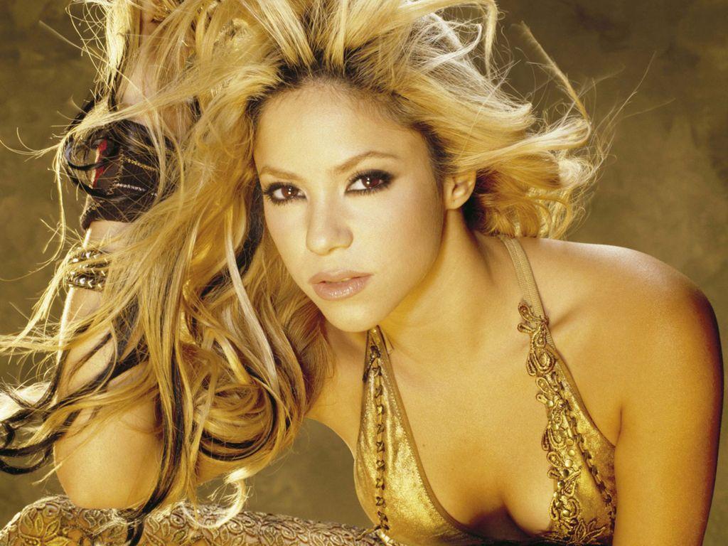 http://3.bp.blogspot.com/_KrSd6dQ25ig/TTcrjkj__-I/AAAAAAAAAxo/1L3t3ebShtY/s1600/Shakira-8.jpg