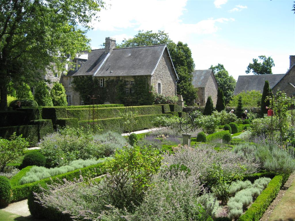 The garden wanderer les jardins d 39 argences normandy france for Jardin normandie