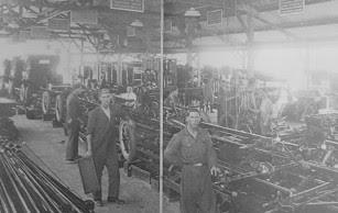 Linha de montagem da Ford no Brasil, em 1920, cada trabalhador executa sua tarefa