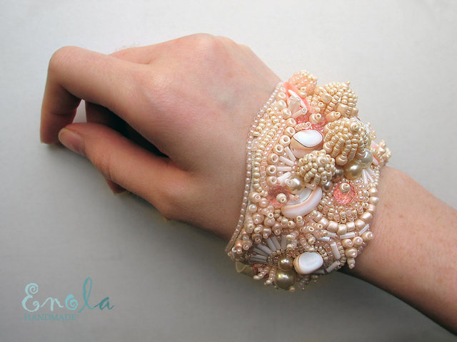 The W S Enola S Amazing Bead Bracelets