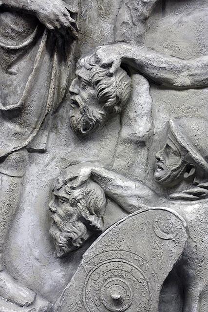 marea enciclopedie a geto dacilor: CINE A INLATURAT SCENA MORTII LUI  DECEBAI DE PE COLUMNA LUI TRAIAN