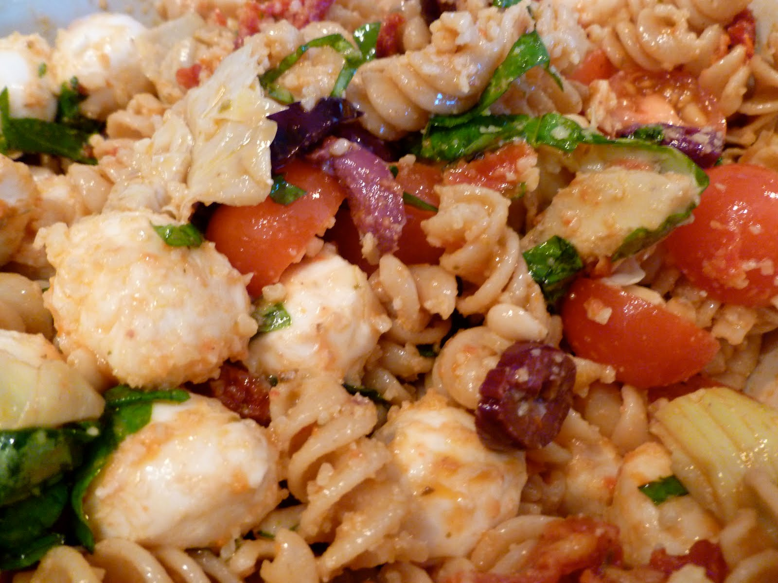 Feeling Saucy: Sun-Dried Tomato Pasta Salad