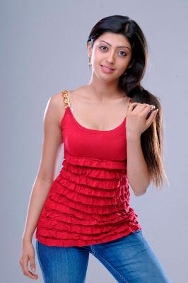 Praneetha actress