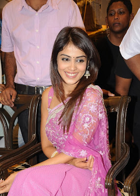 Genelia photos saree
