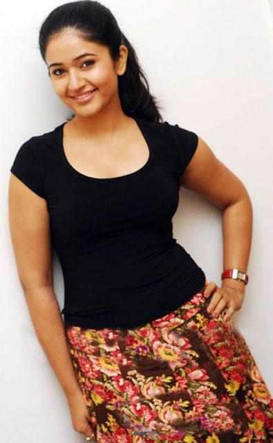 poonam bajwa new hot images