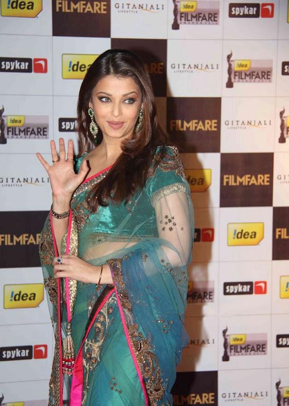 aiswariyasharukhmadhavan at th Filmfare Awards Nominations Gallery wallpapers