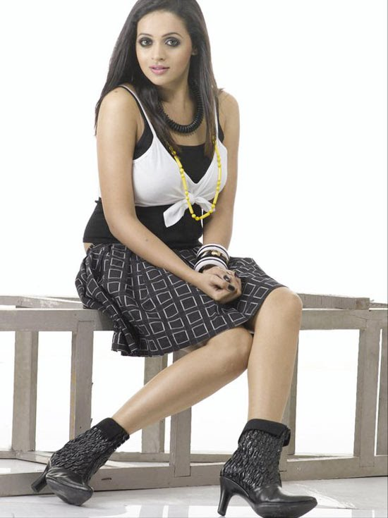 Bhavana new photo shoot photos cleavage