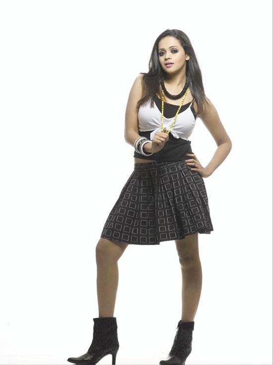 Bhavana new photo shoot photos navel show