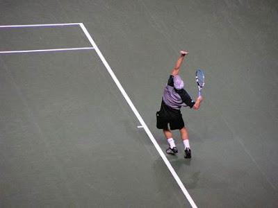 Andy Roddick servis