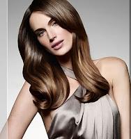 cheveux brillants sans pellicules