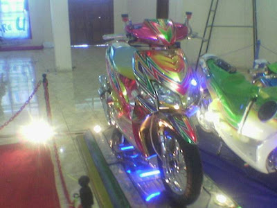 honda beat modification with color concept chrome grafis