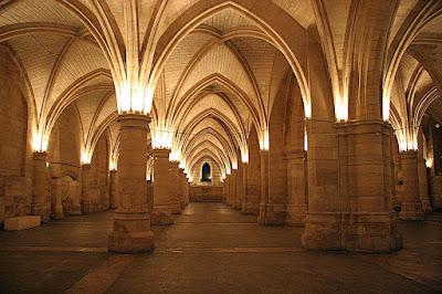 Sala dos gendarmes castelo palácio de São Luiz