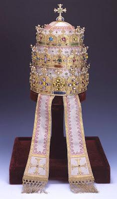 Tiara do Beato Pio IX, doada pela Belgica