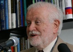 Prof. Frederick Singer, ex-diretor do serviço meteorológico satelital dos EUA e revisor do IPCC: