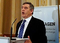 Premi socialista britnico Gordon Brown: