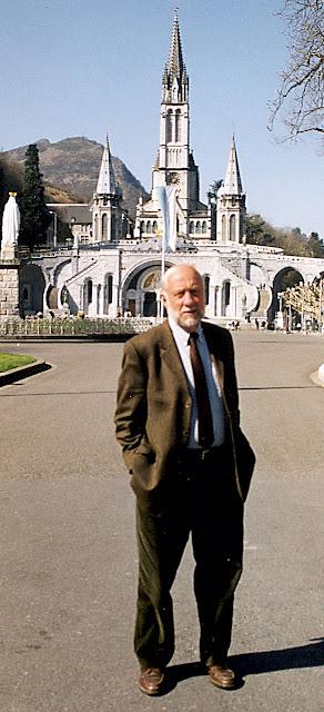Dr. Patrick Theillier, diretor do Bureau Médico  de Lourdes desde 1998 até 2009