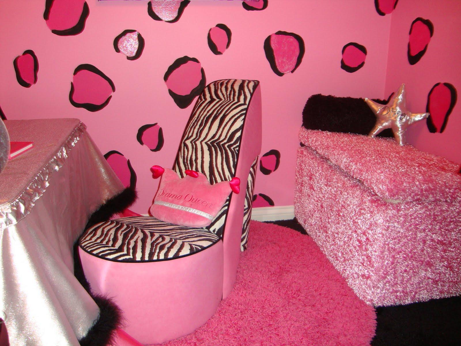 http://3.bp.blogspot.com/_L-deInbQA9c/S-GiJfLSHzI/AAAAAAAAHeU/FsL5E6jOZWg/s1600/super-pink-zebra-teen-hangout-room.JPG