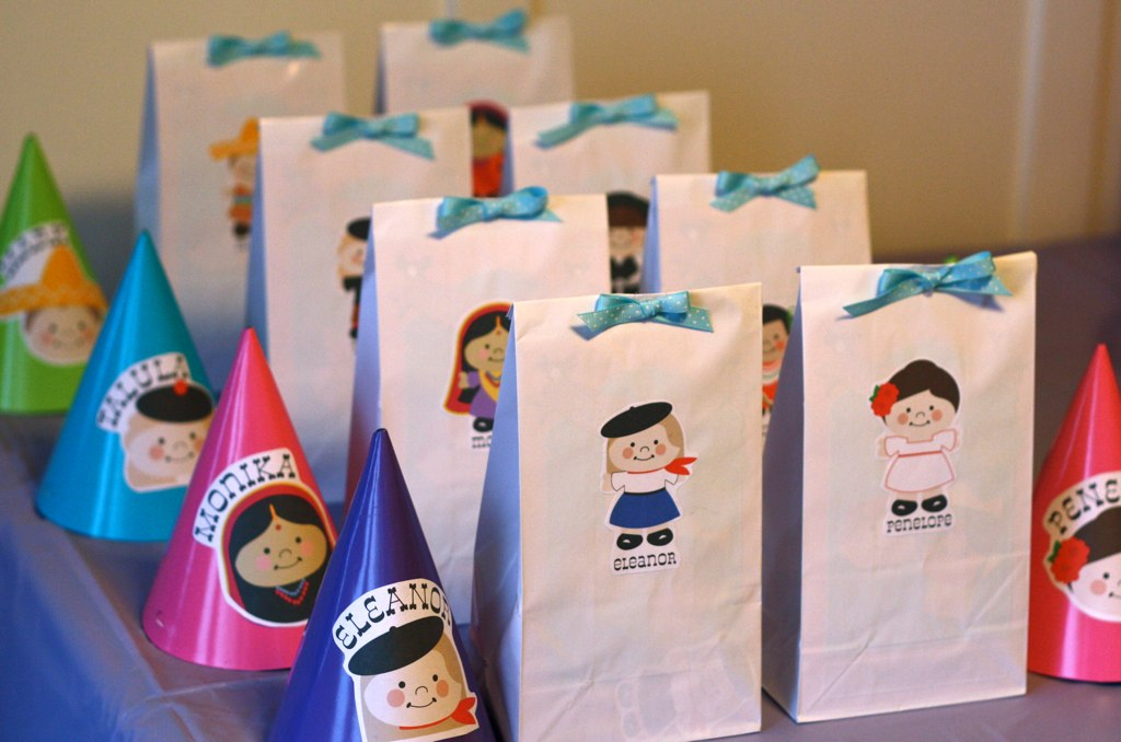 Girls Parties: It's A Small World & Paper Doll Party ...